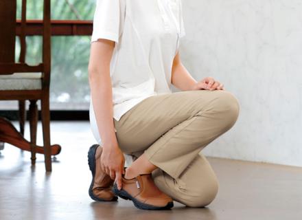あなたに最適な1本とは?見え方・履き心地・機能で選ぶ「ケアパンツ」