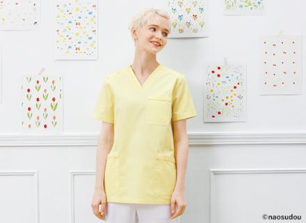 人気ブランド『naosudou』第2弾 キュートなアートワークが魅力の「スクラブ白衣」