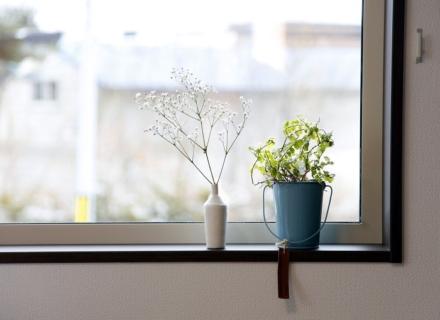 心理テスト「窓の風景」